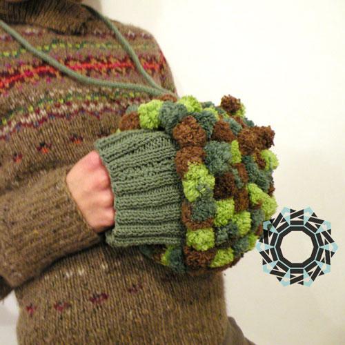 Fluffy hand muff / Puchata mufka by Tender December, Alina Tyro-Niezgoda