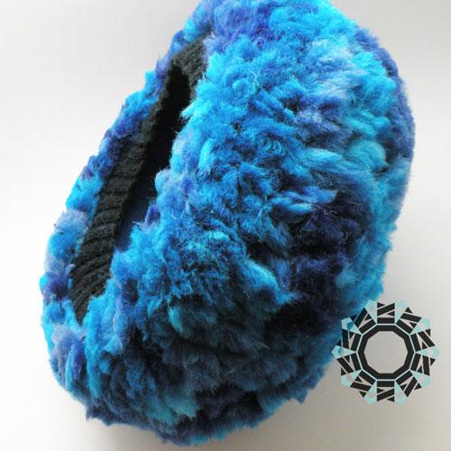 Fluffy blue hat / Puchata czapka niebieska by Tender December, Alina Tyro-Niezgoda
