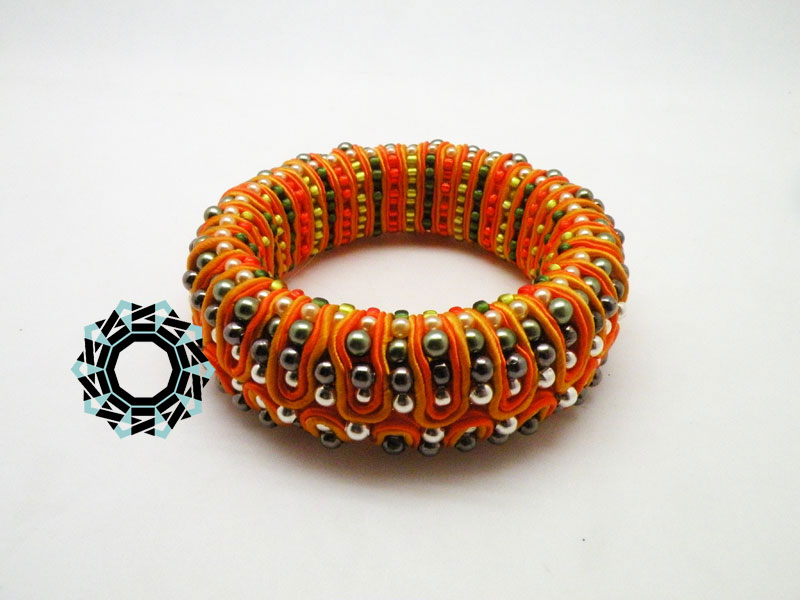 Grey&orange 3D soutache bracelet / Bransoletka soutache (pomarańczowo-szara) by Tender December, Alina Tyro-Niezgoda
