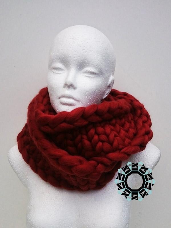 Mega-scale brown scarf / Rudy szalik w mega skali by Tender December, Alina Tyro-Niezgoda