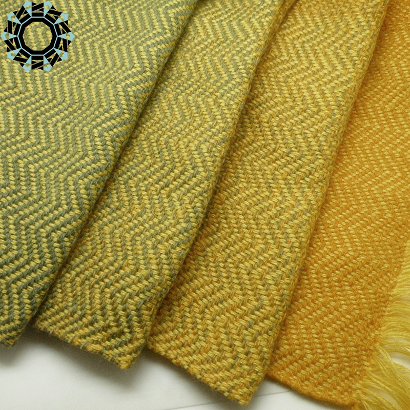 Acrylic XXL shawl in the color of yellow and green / Akrylowy szal XXL w tonacji żółci i zieleni by Tender December, Alina Tyro-Niezgoda