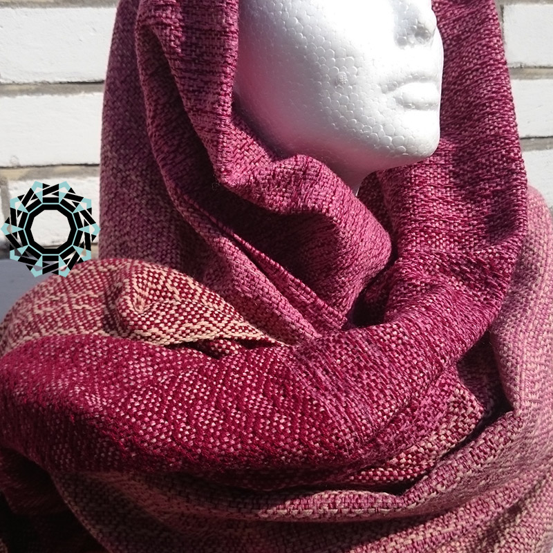 Acrylic XXL shawl in the color of beige, pink and burgundy / Akrylowy szal XXL w tonacji beżu, różu i bordo by Tender December, Alina Tyro-Niezgoda