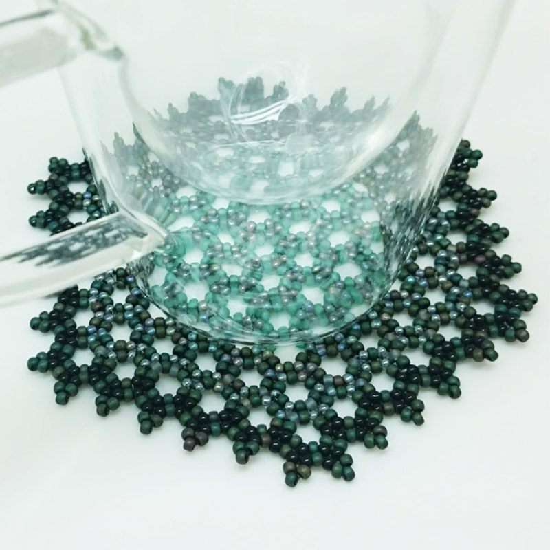 Beaded glass mat / Koralikowa podkładka by Tender December, Alina Tyro-Niezgoda