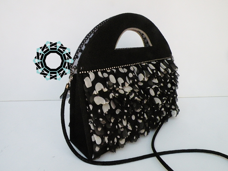 A purse with ruffles / Torebka z falbankami by Tender December, Alina Tyro-Niezgoda
