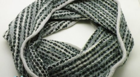 Weaver tube scarves in patterns / Kominy tkane we wzorki by Tender December, Alina Tyro-Niezgoda