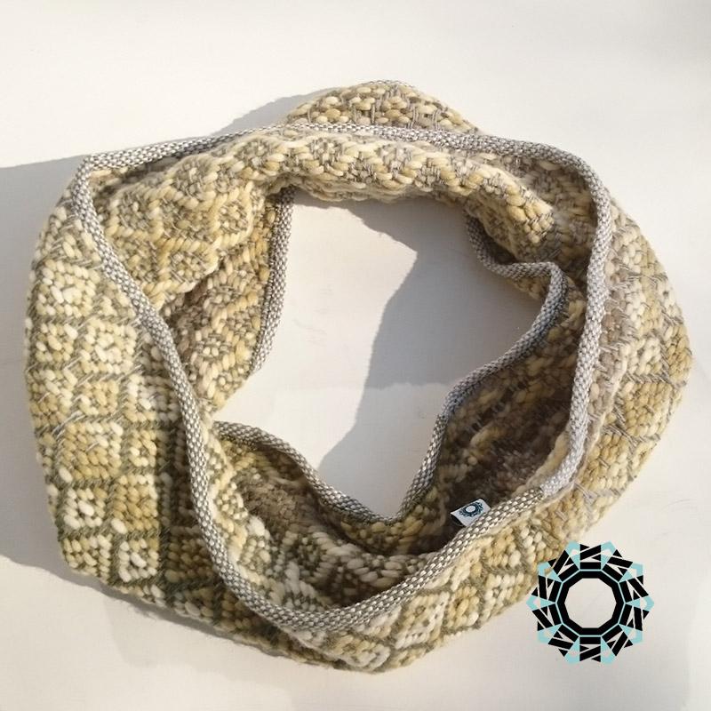 Weaver tube scarves in patterns / Kominy tkane we wzorki by Tender December, Alina Tyro-Niezgoda