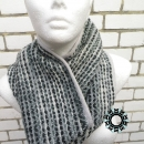 Weaved tube scarves in patterns / Kominy tkane we wzorki