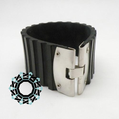 Rubber bracelet / Gumowa bransoletka by Tender December, Alina Tyro-Niezgoda