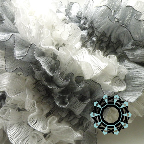 Spring scarf (white&grey) / Wiosenny szalik (biało-szary) by Tender December, Alina Tyro-Niezgoda