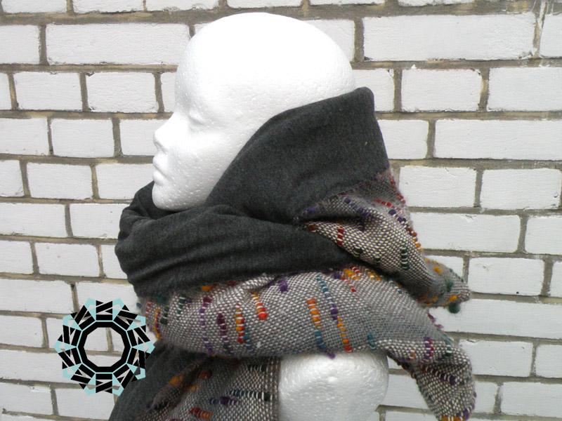 Gray scarf with hood and handwarmer / Szary szalik z kapturem i mufką by Tender December, Alina Tyro-Niezgoda