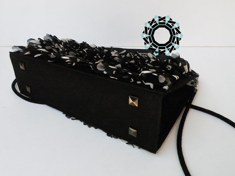 A purse with ruffles / Torebka z falbankami by Tender December, Alina Tyro-Niezgoda