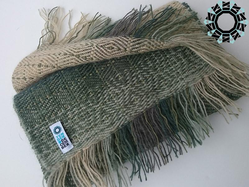 Green mohair scarf / Zielony szalik moherowy by Tender December, Alina Tyro-Niezgoda