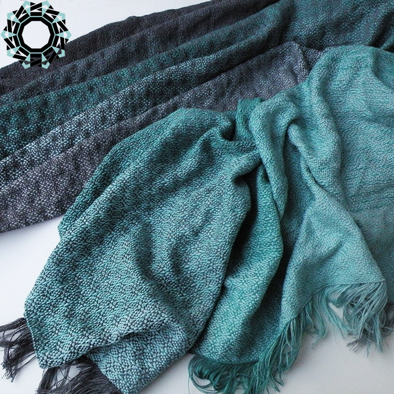 Cotton XXL shawl in the color of green, gray and black / Bawełniany szal XXL w tonacji zieleni, szarości i czerni by Tender December, Alina Tyro-Niezgoda
