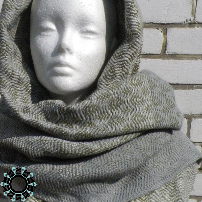 Acrylic XXL shawl in the color of cream, gray and khaki / Akrylowy szal XXL w tonacji kremu, szarości i khaki by Tender December, Alina Tyro-Niezgoda