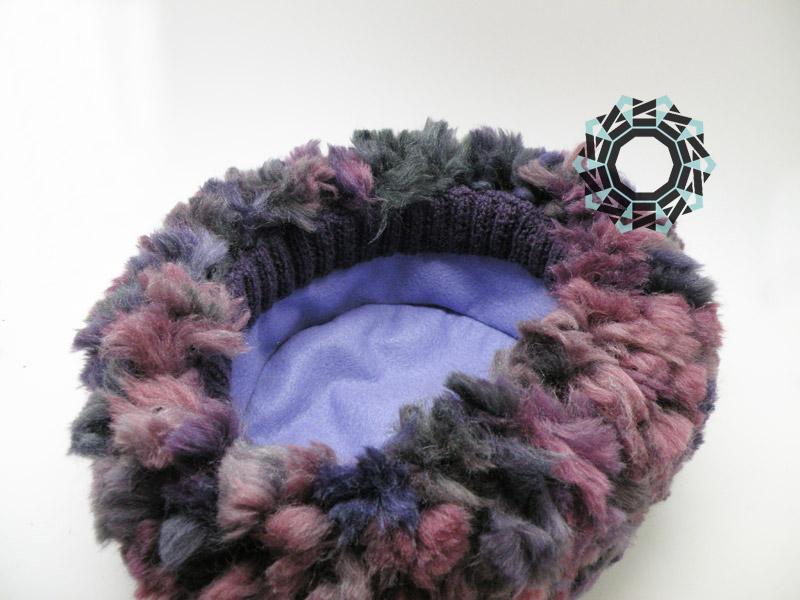 Fluffy cap in plum color / Puchata czapa w kolorze śliwki by Tender December, Alina Tyro-Niezgoda